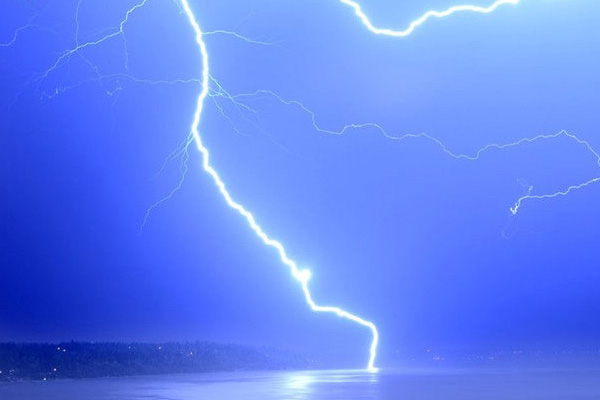 Get Help Bainbridge Island Lightning Strike